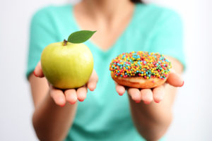 choosing a healthy food option for diabetes management
